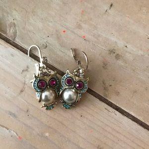 Small owl earrings! Betsey johnson
