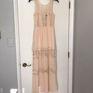 ASTR lace detail maxi dress