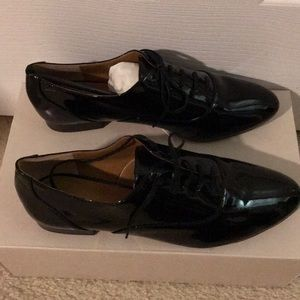 Banana Republic BRAND NEW loafers