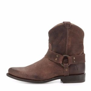 Frye Wyatt Dark Chestnut Brown Western Bootie 8