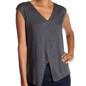 Bailey 44 Gray Cross Front Tank Size S