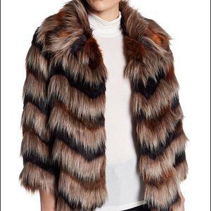✨ ABS by Allen Schwartz Chevron Faux Fur Jacket ✨