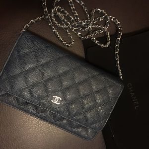 Chanel Caviar Blue Wallet On Chain WOC