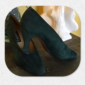 Kenneth Cole Emerald Green Suede Pumps