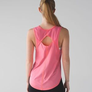 Lululemon flash lite sculpt tank size 6