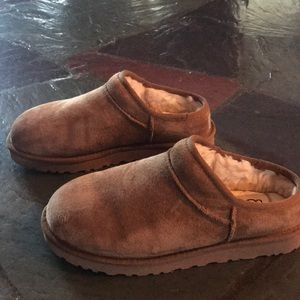 Practically brand new UGG clogs