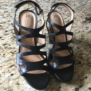 Naturalized strapping heals