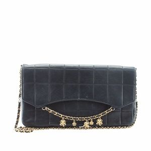 Chanel Quilted Lambskin Leather Shoulder (138559)