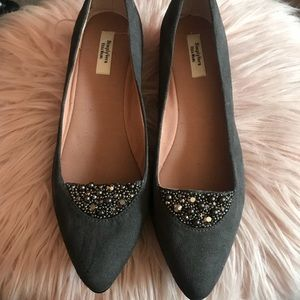 Vera Wang Grey Pointed Toe Embellished Flats