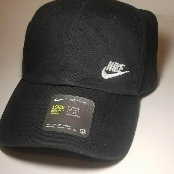 huge discount 8fbfb 3141a NWT Black NIKE Heritage 86 Baseball Hat