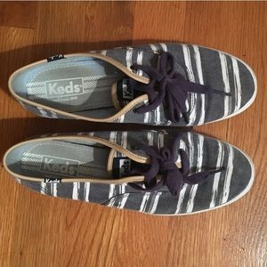 Navy and White Stripped Keds w. Leather Detail