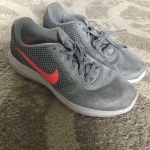 EUC grey and orange Nike's