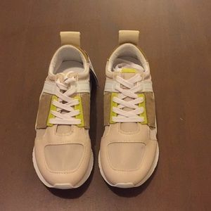 Zara Woman Sneakers