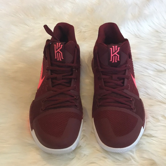 size 40 fe4fb 953cf ... uk maroon and pink kyrie 3s 21e65 64104