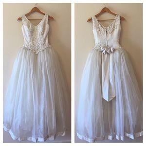 Dresses & Skirts - VINTAGE HANDMADE BALLGOWN WEDDING DRESS