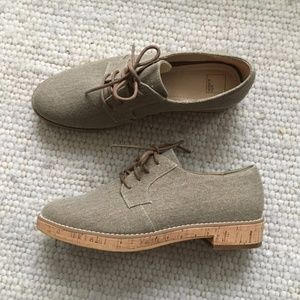 Stylish canvas & cork platform oxfords