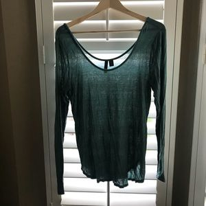 Long sleeve teal color top