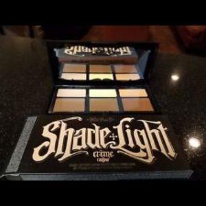 KAT VON D Shade + Light Crème Contour Palette