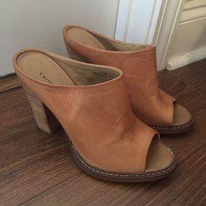 Chinese laundry heels beige