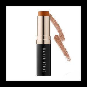 BOBBI BROWN Skin Foundation Stick COLOR: Almond 7