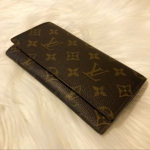 Louis Vuitton Clutch Wallet