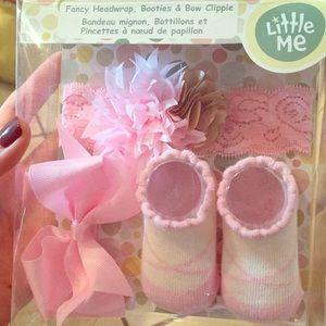 NWT; baby girl 3-pc gift set