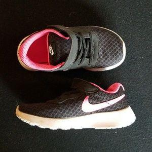 Nike Girls Tennis Shoes