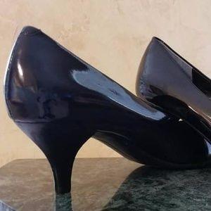 Bandolino Berry Black Patent Leather