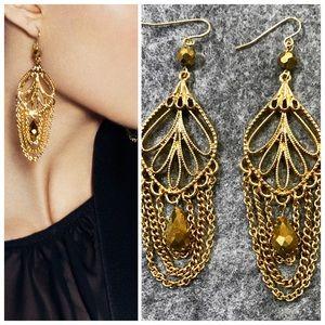 NIB Jewelmint Indian escape dangle earrings gold