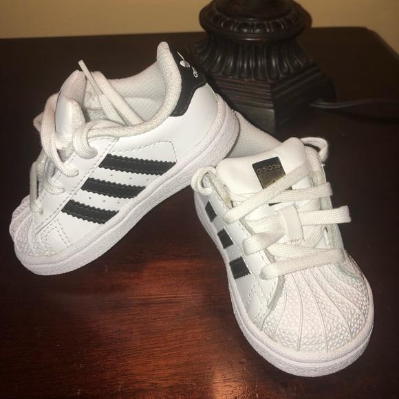 le adidas per scarpe poshmark