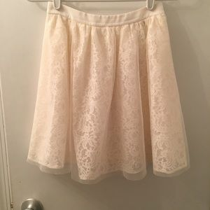 Amazingly cute tulle and lace skirt