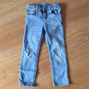 Zara girls' classic collection jeans - 5T