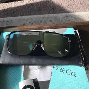 Quay Kylie brand new black and gold sunglasses