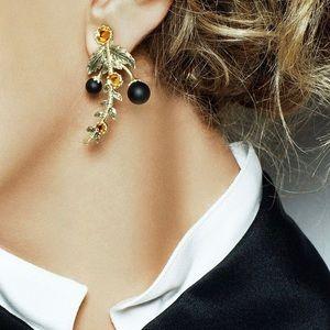 NEW Jewelmint grape vine earrings gold tone rare!