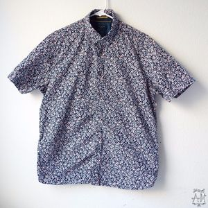 👕 Ted Baker Short Sleeve Button Down 👕