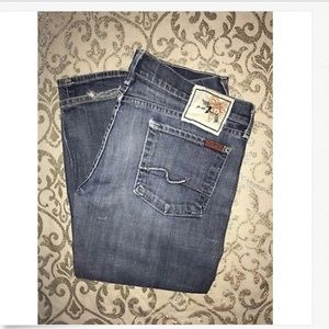 7 For All Mankind Low Rise Boot Cut Jeans! 30 x 33