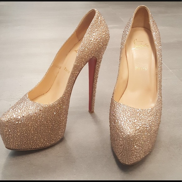 online store 28bfc 56d52 Christian Louboutin Crystal Daffodils Rose Gold