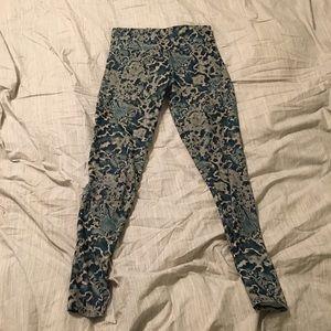 Onzie leggings