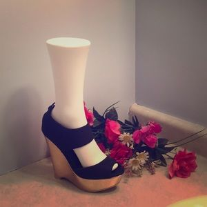 100% polyester open-toe ankle strap wedge