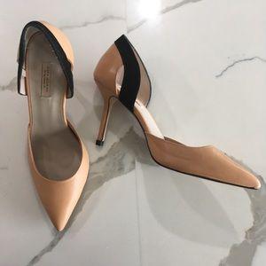 ZARA ~ nude & black leather cutout heel size 40