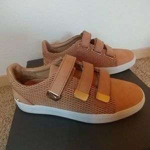 Also nude dressy real leather sneakers