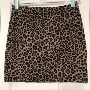 Animal print H&M skirt