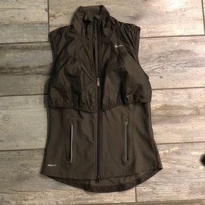 Nike fit dry vest