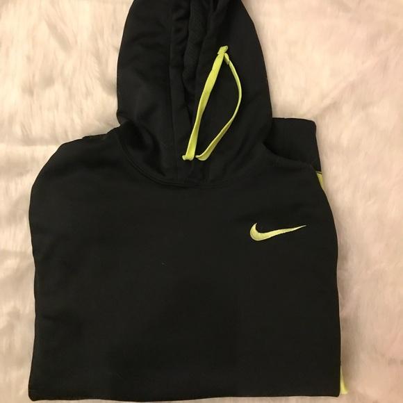 Nike Other - Nike thermal fit hoodie Men's Medium