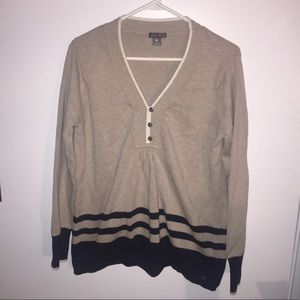 Cute Eddie Bauer Tan Navy Blue Sweater size Large