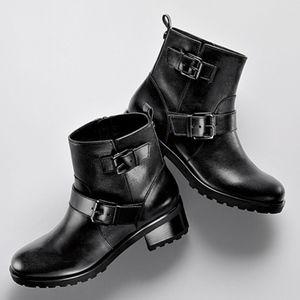 • Michael Kors • Jet Set 6 Gretchen Ankle Boots