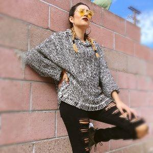 🆕 Zara Knit Sweater