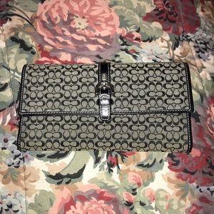 fabric coach wallet