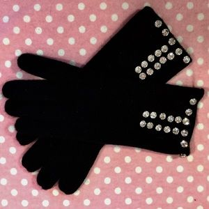 Vintage knit winter gloves with rhinestones