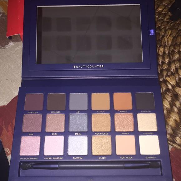 Beautycounter Makeup  Eye Shadow Holiday Set  Poshmark-8632